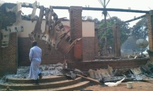 image de l'incendie des habitations à Alindao par les rebelles de l'UPC