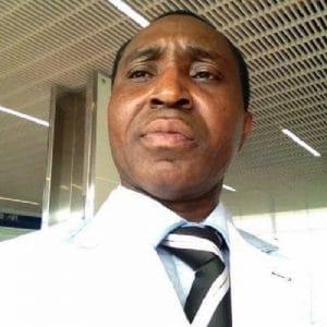 Monsieur Bernard Selembi Doudou, l'auteur de l'article.
