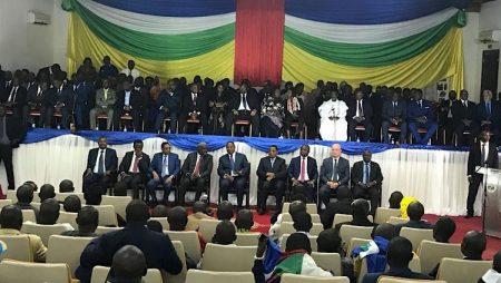 Cérémonie de la signature définitive de l'accord de Khartoum au palais de la renaissance à Bangui en Centrafrique.