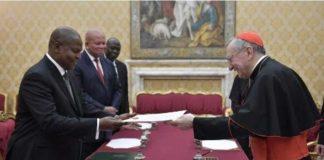 réunion entre le cardinal Parolin et le président Touadéra, le 5 mars 2019 au Vatican. (Vatican Media)