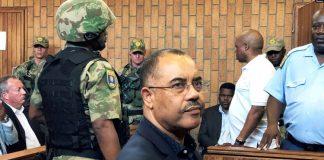 L'ancien ministre des Finances du Mozambique Manuel Chang lors d'une audience d'extradition à Johannesburg en Afrique du Sud le 8 janvier 2019