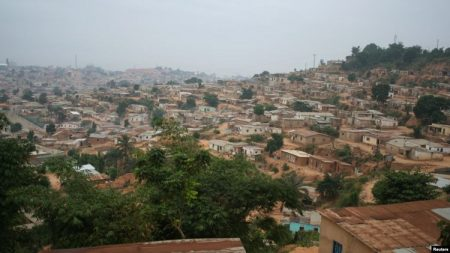 Une vue panoramique de l'enclave de Cabinda, en Angola, 11 juin 2016