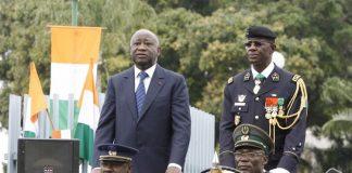 L'ancien chef de l'armée Philippe Mangou-à droite de Laurent Gbagbo-à Abidjan-le 7 août 2009