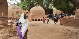 Habitants du village de Tibiri près de Dosso au Niger - le 28 mai 2012
