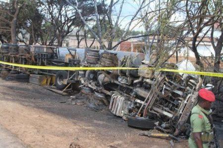 plus de soixante morts d'un un accident du camion citerne à Tanzanie