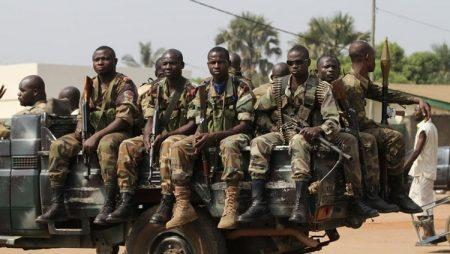 des soldats faca à Bangui le 8 janvier 2013 par RFI