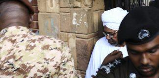 Omar al-Bashir a pris le pouvoir lors d'un coup d'Etat en 1989 et a été renversé par les militaires en 2019 (photo d'archive).