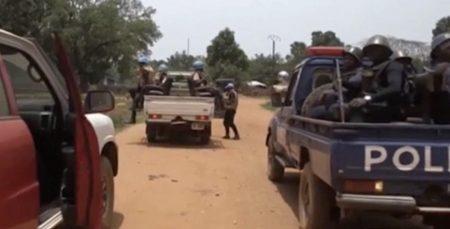 Une patrouille des forces de la Minusca et les FSI à Bambari. Crédit photo : Bertrand Yékoua/CNC.