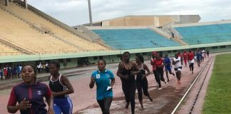 Des candidats au concours du recrutement des policiers et gendarmes lors des épreuves sportives à Bangui le 16 septembre 2019. ©Minusca