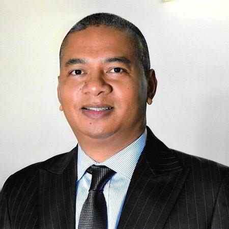 Monsieur Félix Mayanga. Image profil Facebook.