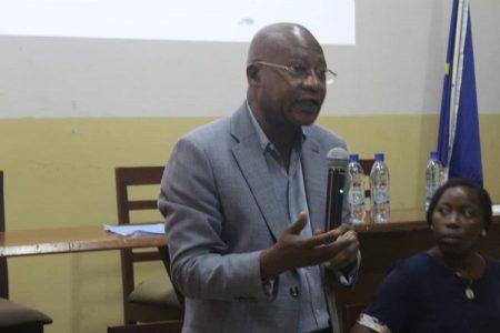 Professeur-Directeur du complexe pédiatrique-Jean Chrysostome Ngodji