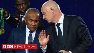 Le président de la Fifa (à droite) et le président de la CAF, Ahmad