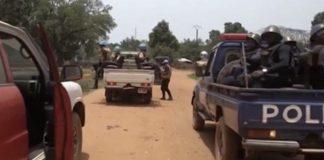 patrouille mixte policiers centrafricains et soldats de la minusca dans la ville de Bambari