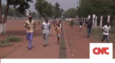 Des Banguissois dans une rue de la capitale. CopyrightCNC.