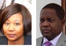 De gauche à droite, la ministre centrafricaine des affaires étrangères et des centrafricains de l'étranger, le premier ministre Firmin Ngrébada. Images combinée par CNC le 20 janvier 2020.