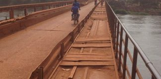 Pont de la Ouaka, à la sortie sud de Bambari, le 19 janvier 2019. Photo CNC / Bertrand Yékoua.