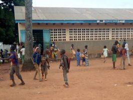 Les élèves dans la cour de l'école prefectorale Yidjama à Bria. Photo CNC / Moïse Banafio.