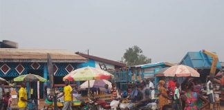 Bar récréation au marché Gobongo