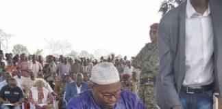 Les représentants des groupes armés issus de l'ex-coalition Seleka, autour de table des négociations menées par le chef rebelle Ali Darassa, à Bria, le 18 mars 2020. Photo CNC / Moïse Banafio.