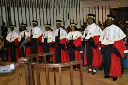 Les juges de la Cour Constitutionnelle