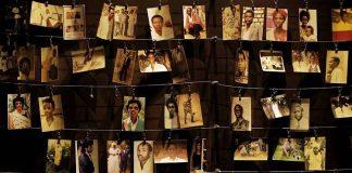 Des photos de victimes du génocide au Rwanda au Mémorial du génocide de Kigali. — Ben Curtis/AP/SIPA En 1994