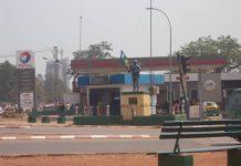 rondpoint du quatrième arrondissement avec la statue du soldat