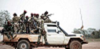 Des combattants rebelles de l'UPC au village Gbokologbo près de Bambari. CopyrightDR