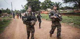 Une patrouille des soldats français de la Sangaris dans une rue de Bangui en 2014. CopyrightDR