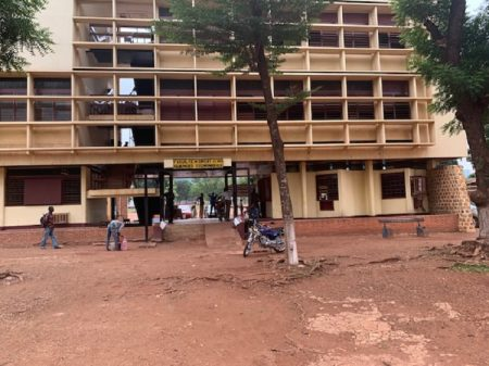 Faculté de droit et de sciens juridique de l'Université de Bangui, le 22 mai 2020. PPhoto CNC / Anselme Mbata.