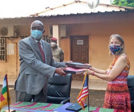 L'USAID signe un nouvel accord de programme de développement avec le gouvernement de la République centrafricaine
