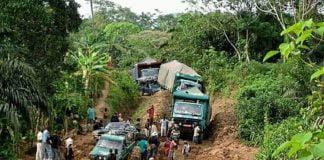 Les mercenaires russes basés à Gbokologbo sortis espionner les camions bloqués sur la route de Dimbi