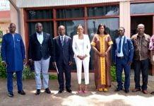 La photo de famille des membres l'ACPAD avec les représentants des ministères de la Communication et des Arts et Culture à l'hôtel Oubangui copyright CNC/ Jefferson Cyrille YAPENDE du 12-08-2020.