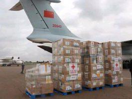 déchargement du don chinois sur tarmac de l'aéroport de banguui mpoko le 11 juin 2020