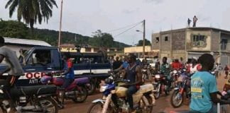 image de la manifestation des moto taximen à Bangui le 26 août 2020