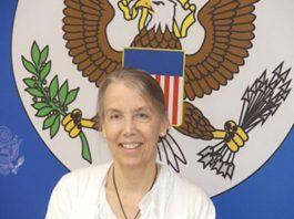 madame lucy tamlyn ambassadrice des états unis en centrafrique