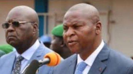 De gauche à droite, l'ancien premier ministre Simplice Mathieu Sarandji et le Président Faustin Archange Touadera.