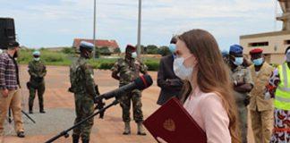 Sur le tarmac de l'aéroport de Bangui Mpoko, la cérémonie de reception des lots de matériels sanitaires offerts par la Russie en Centrafrique