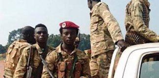 une patrouille des éléments rebelles du FPRC à Bria, le 30 août 2020. Photo CNC / Moïse Banafio