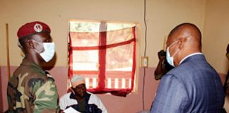 visite de touadera aux blessés de bocaranga par valery zakharov