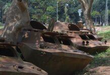 Le BRDM2 russes offerts aux forces armées centrafricaines ( FACA) tombés en panne et au garrage