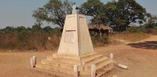 monument à la mémoire des autorités assassinées le 26 avril 2014 à Boguila en pleine réunion par les combattants rebelles de la Seleka, provoquant une forte réaction des éléments de l'opération Sangaris