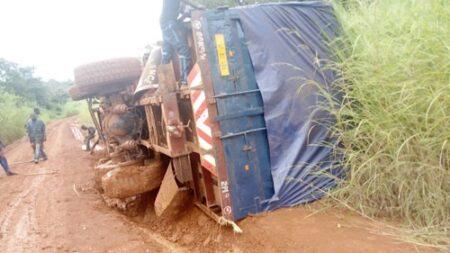 un véhicule du PAM accidenté au village Gbadéngué à 30 kilomètres de bossangoa le 10 octobre 2020 par cnc