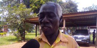 Le Président du MDREC Joseph Bendounga dans les locaux de la Cour Constitutionnelle le mercredi 4 novembre 2020. Copyright CNC / Jefferson Cyrille YAPENDE.