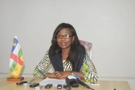 Madame la ministre des Affaires Étrangères et des Centrafricains de l'Etranger - Sylvie Baïpo Temon dans la salle de conférence dudit département copyright CNC Jefferson Cyrille YAPENDE