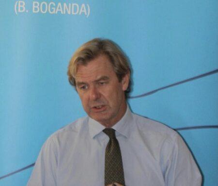 Monsieur Mike COLE de la CPI en RCA