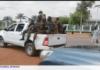 les faca dans un pick-up devant le siège de la télévision lors de la débandade générale à bangui