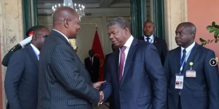 Faustin-Archange Touadéra et João Lourenço à Luanda, le 30 janvier