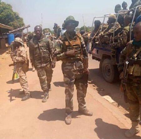 Des soldats FACA à Béloko, à la frontière avec le Cameroun, le 11 février 2021. Photo DR