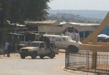 Patrouille des forces de sécurité intérieure avec leur allié à Bouar.