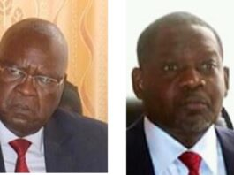 L'ancien premier ministre Simplice Mathieu Sarandji à gauche, et l'actuel premier ministre Firmin Ngrebada à droite. Photo combinée par CNC le 24 février 2021